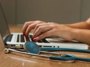 Medicos doctores clínicas